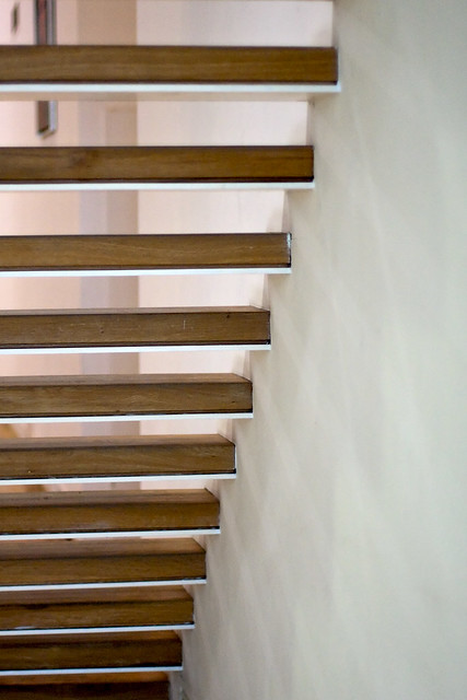 Modern Open Floating Staircase Near White Wall Flickr