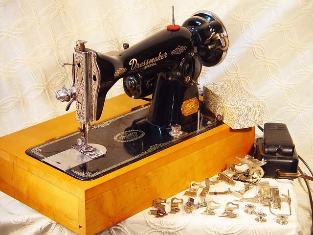 singer dressmaker sewing machine