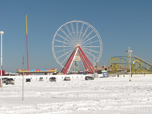 OC needs to put titles in the flickr account - Ocean City MD in the Snow - Ferris Wheel