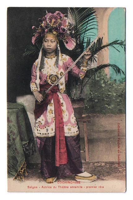 Cochinchine - Saigon - Actrice du Théâtre annamite - premier rôle