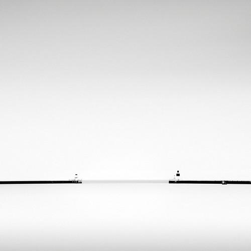 sea lighthouse seascape water pier skåne seaside sweden jetty balticsea kanal fyr östersjön öresund ndfilter ljunghusen falsterbocanal falsterbokanalen bwnd110 vågbrytare nästet