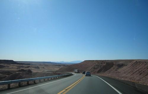 REZ, vanishing point, highway, yellow line,… IMG_1389