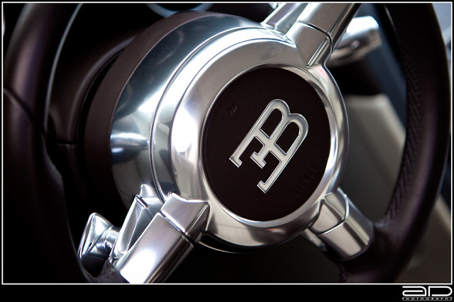bugatti veyron steering wheel flickr photo sharing. Black Bedroom Furniture Sets. Home Design Ideas
