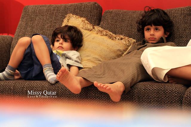 Sultan & Kooki Watching TV