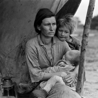 Dorothea Lange: Migrant mother (alternative), Nipomo, California, 1936