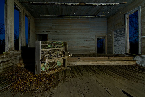 school abandoned night town texas ghost piano schoolhouse moline