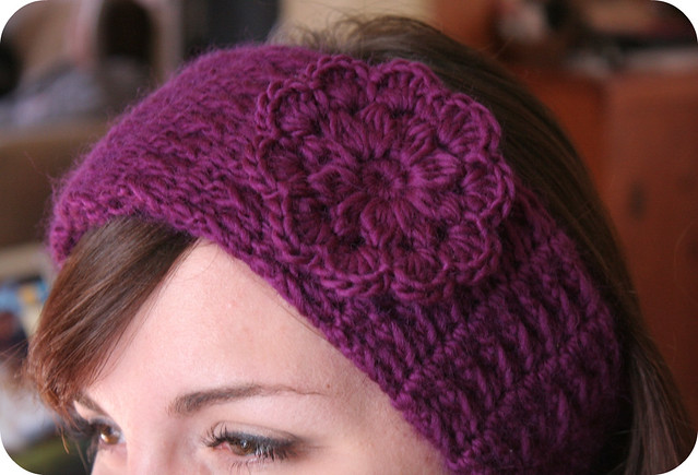 Headband Earwarmer With Pretty Flower Crochet Pattern