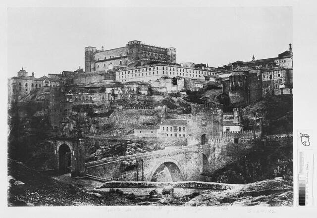 Vista de Toledo en 1852. Calotipo de Edward King Tenison publicado en el libro Recuerdos de España. Bibliothèque Nationale de France