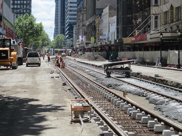 Elizabeth St tram works