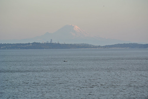 An autumn ride around the Sound - Mt. Rainier in the setting sun