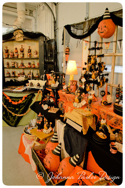 Johanna-Parker-Halloween-Display