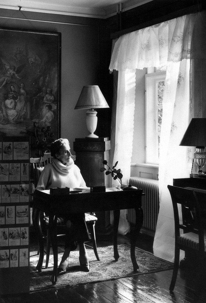 Boris Pasternak Gabriel Garc A M Rquez Milan Kundera Arthur Miller Everyday I Show