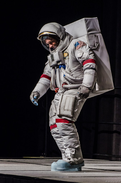 apollo a7l spacesuit - photo #10