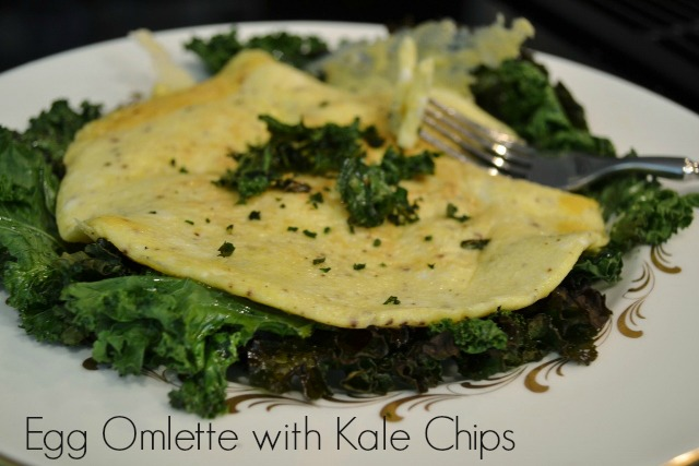 omlette with sea salt kale chips