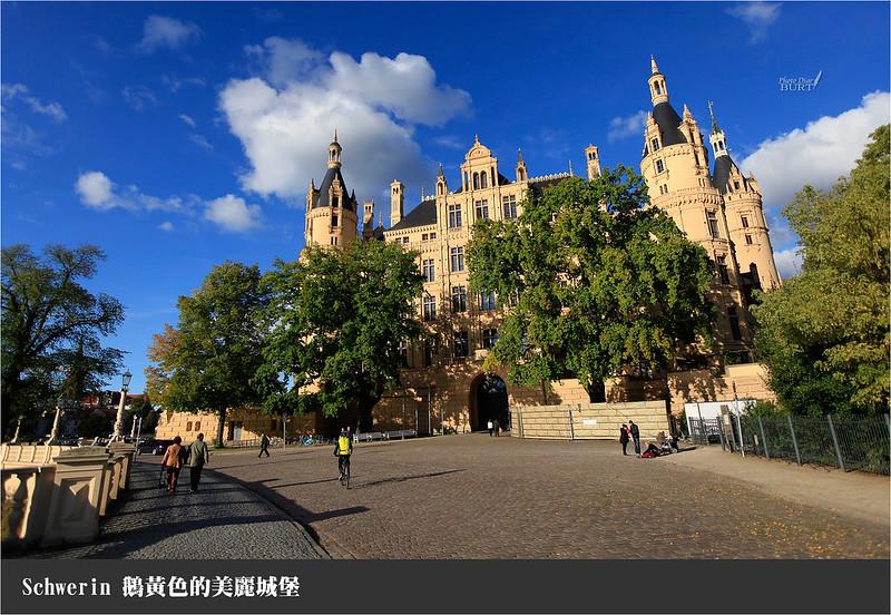 鵝黃色的美麗城堡