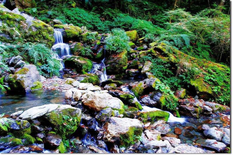 流瀑(Elev. 2285 m) 1