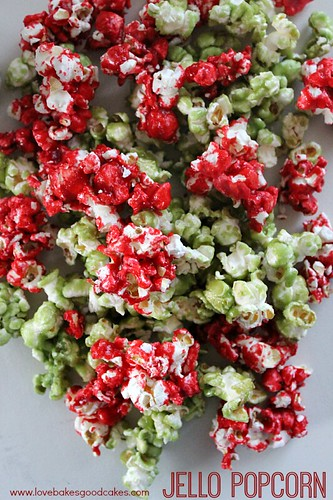 Jello Popcorn in red and green.