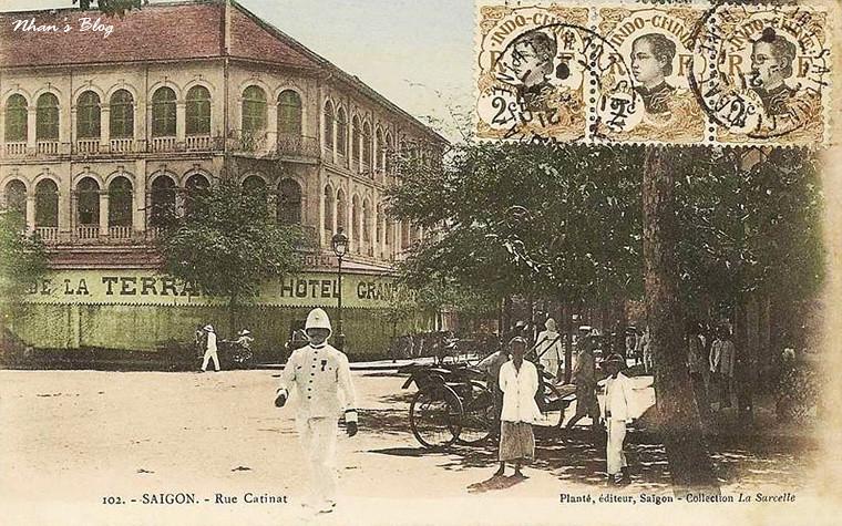 Place Francis Garnier (38)