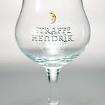 ベルギービール大好き!!【ストラッフェ ヘンドリックの専用グラス】(管理人所有 )
