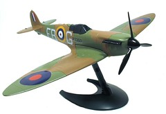 model aircraft, monoplane, aviation, airplane, propeller driven aircraft, wing, vehicle, supermarine spitfire, radio-controlled aircraft, fighter aircraft, propeller,