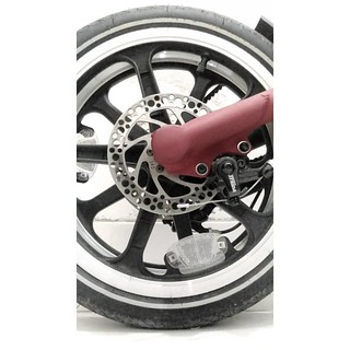 ___________  f o l d e d  ______________________________  #marksanders #strida #stridabike #strida_id #deesignhandmade #cycling #foldingbike #bicycle #minivelo #bw #bnw #blackandwhite #awesomebnw #bnwbutnot #ig_bw #jj #jj_blackwhite #bnw_mnml #minima