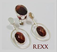 locket(0.0), pendant(0.0), organ(0.0), amber(1.0), brown(1.0), maroon(1.0), jewellery(1.0), gemstone(1.0),