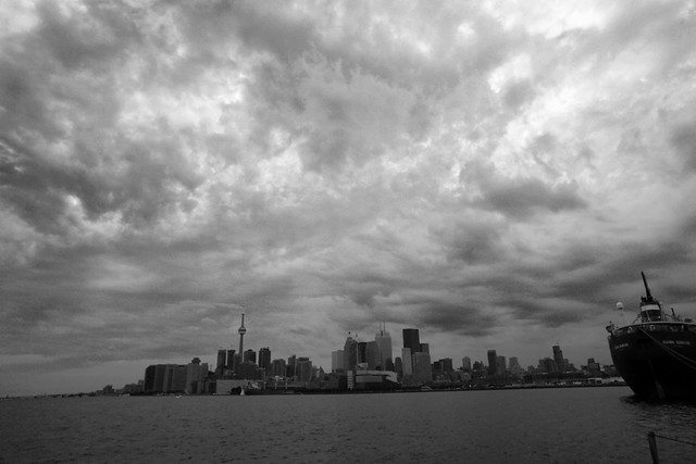 A simple wide shot of Toronto