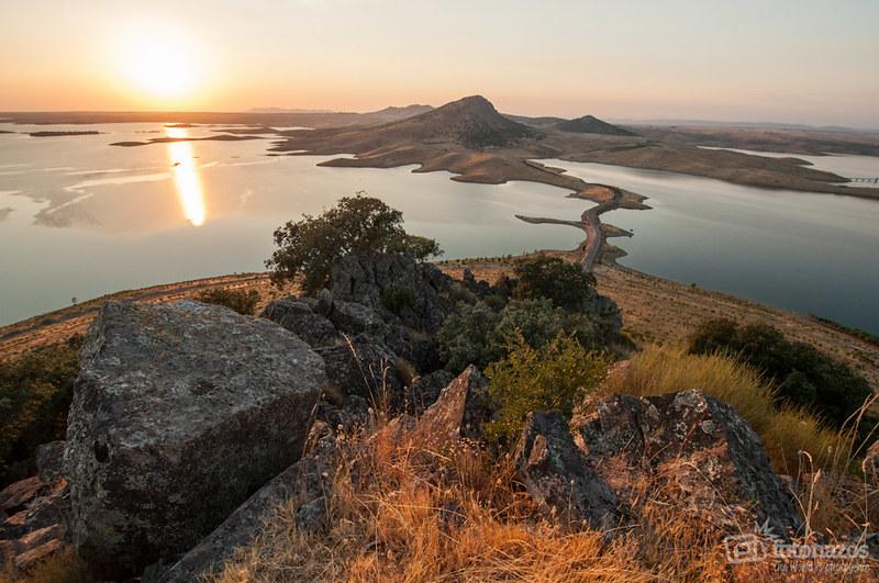 El Cerro Masatrigo en el Embalse de la Serena