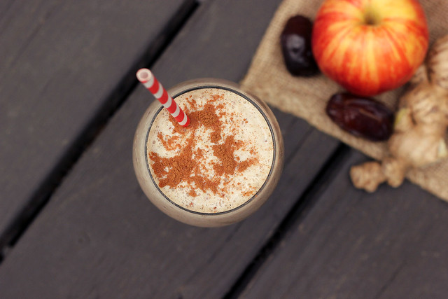 Spiced Apple Smoothie - Gluten-free & Vegan