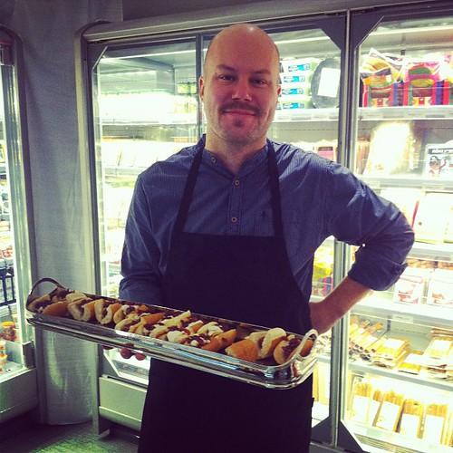 Det var fint att träffa @bjorn_gadd på @goodstores! Lite irl-@matimunnen!