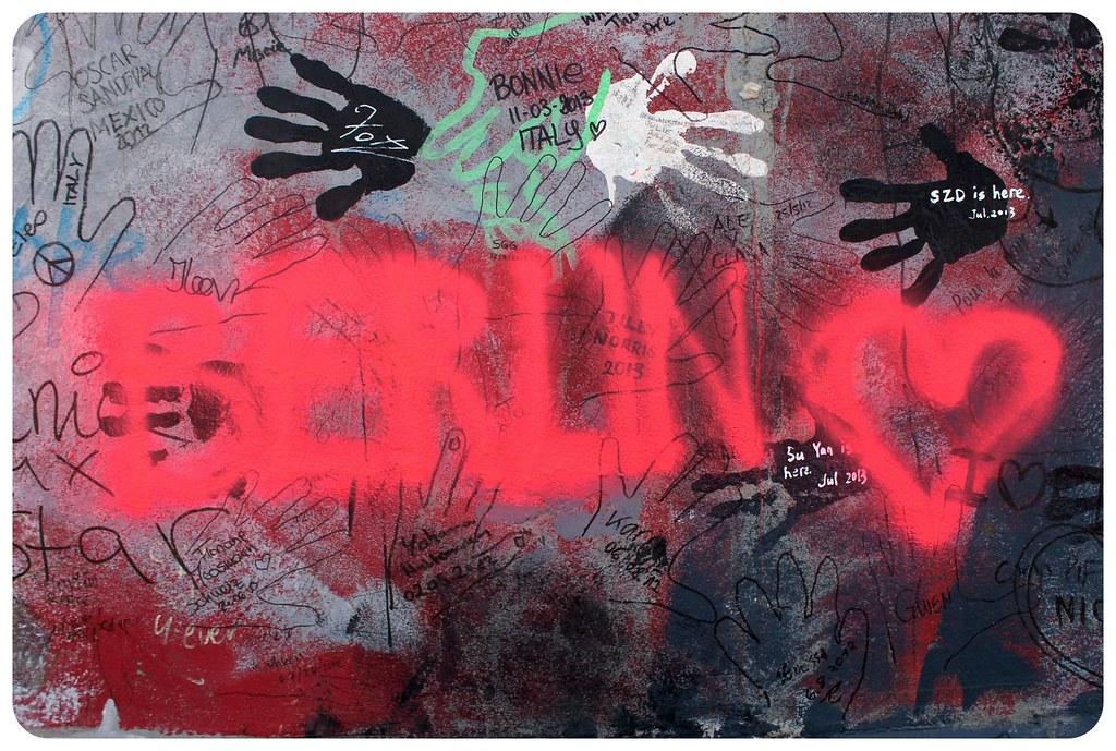 berlin love on berlin wall