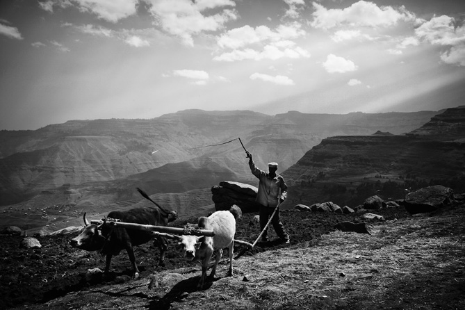 On Foot: Ethiopia by Mario Gerth