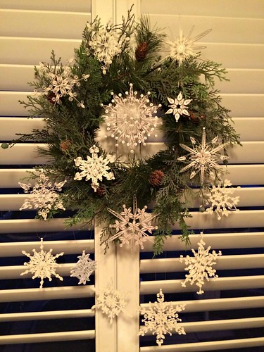 quilled-snowflake-wreath