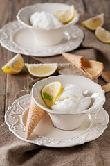 Lemon ice-cream