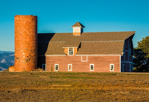 park morning light barn landscape colorado daniels