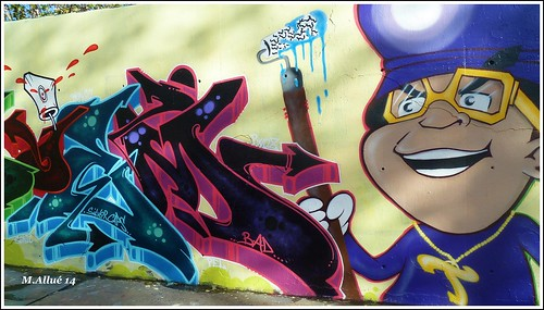Graffiti by Miguel Allué Aguilar