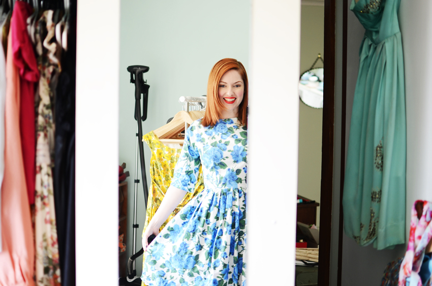 blue-floral-dress-mirror d
