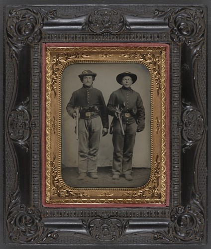 Two union soldiers