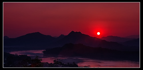 sunset canon laos mekong luangprabang louangphabang sigma70200