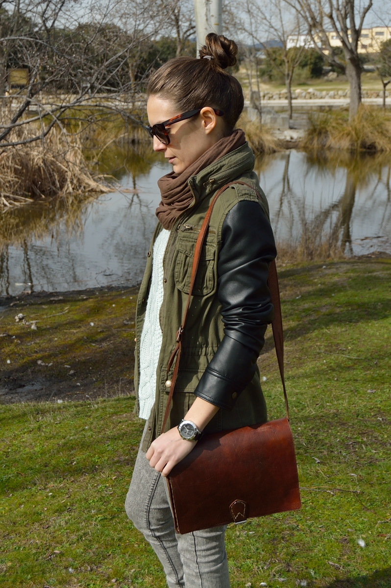 lara-vazquez-madlula-blog-vintage-bag-top-knot