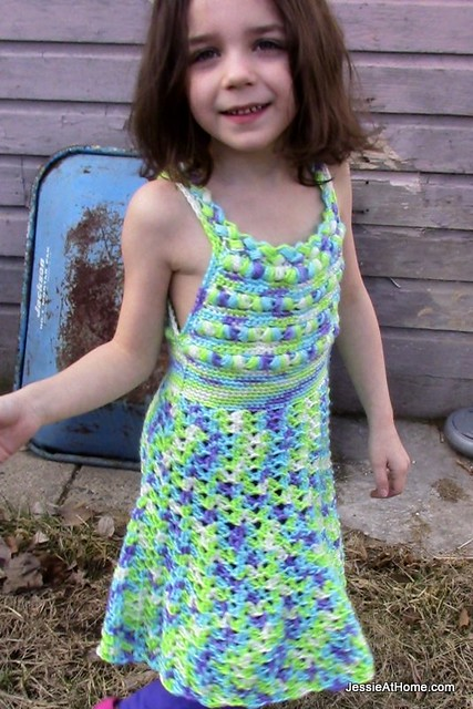 Crochet-Free-Pattern-Puff-Stitch-Halter-Dress