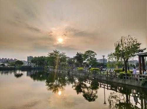 2017 05 may 五月 八德 埤塘 公園 bade pond park sunset dusk 日落 夕照 黃昏
