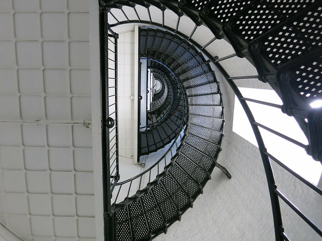 IMG_1291-2013-06-15-St-Augustine-Lighthouse-view-stair-looking-up