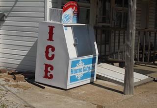 ice machine Renault 140