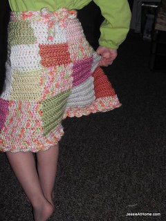 Amelia-crochet-skirt-pattern-back