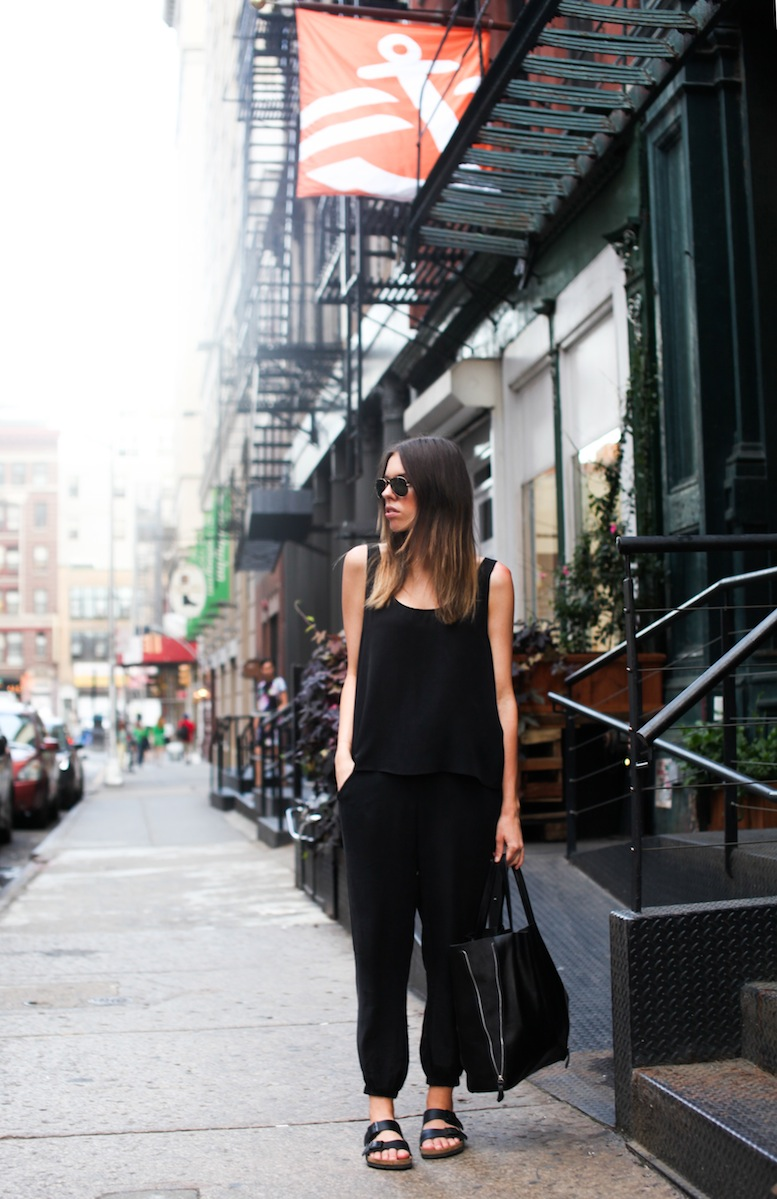 modern_legacy-fashion-blogger-Soho-New-York-street-style-Zimmermann-Birkenstock (1 of 1)