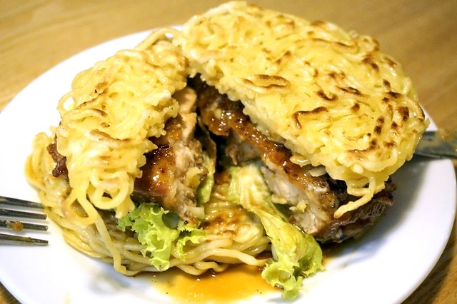 javries restaurant gurney paragon Penang - ramen burger-005