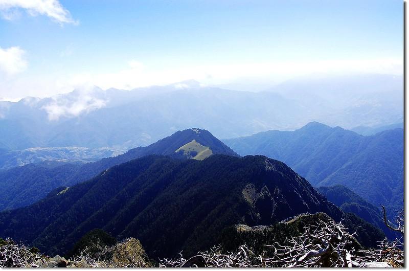 志佳陽大山(From 雪山頂俯瞰東南) 1