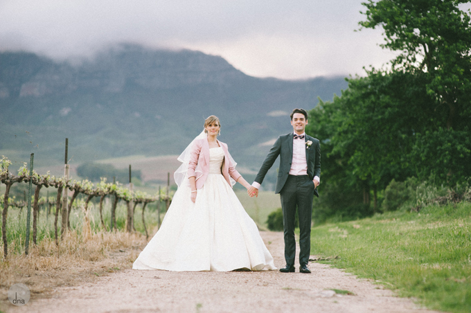 couple-shoot-Genevieve-and-Alistair-Vrede-en-Lust-South-Africa-wedding-shot-by-dna-photographers-52