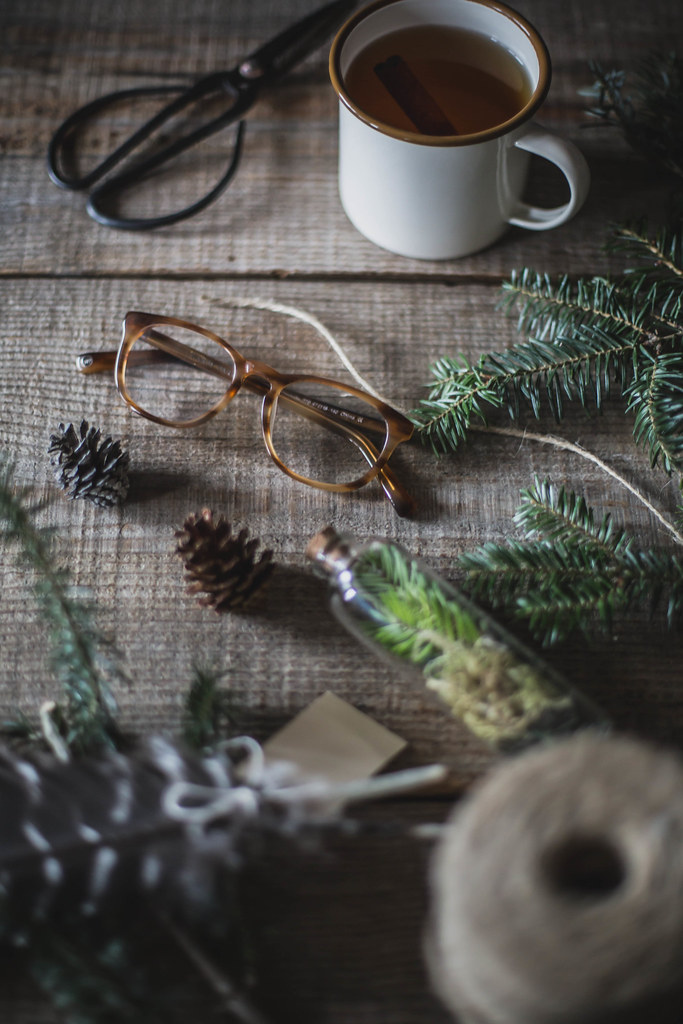 DIY Tree Trimming Garland + Warby Parker